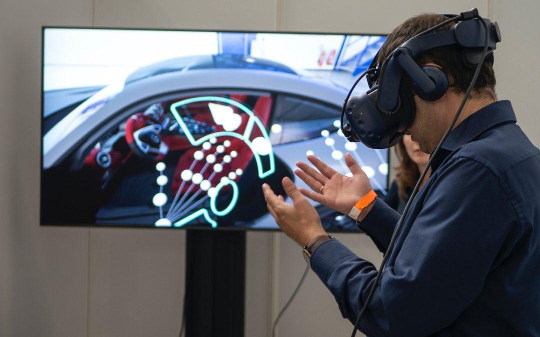 AR vs VR vs MR: The Ultimate 2021 Guide