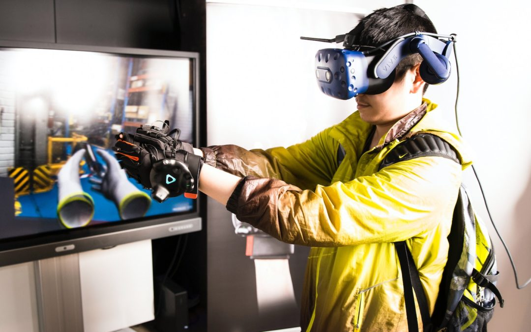 The Ultimate Guide to Mixed Reality: Balancing Physical and Digital