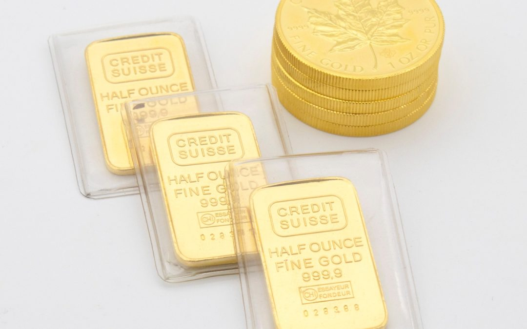 Investing in Gold: The Ultimate Guide, Benefits and Drawbacks