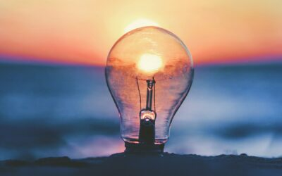 How Do Entrepreneurs Come Up With Innovative Ideas (+7 Examples)
